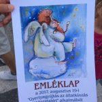 Gyertyagyújtás az állatkínzás áldozataiért - Flashmob Budapest!